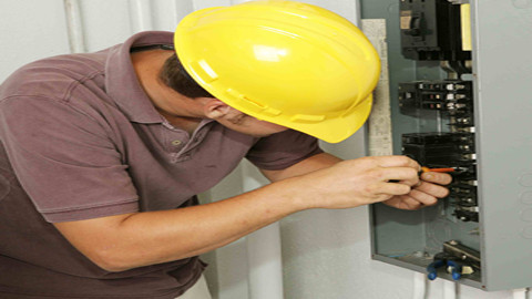 electricians-in-melbourne-burwood-engineering-electricians-melbourne-8bbd-938x704